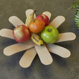 Kikkerland Dřevěná miska bumerang na ovo-zel - 2